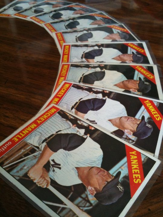 Selling your vintage baseball cards to Dean's Cards will net you a great return on investment.